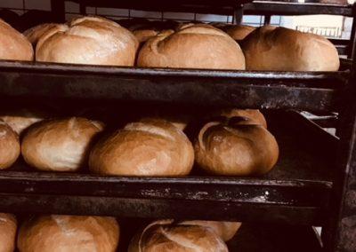 chleb z piekarni andrychów
